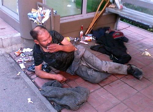 Одной из причин распространения вшей являются плохие санитарные условия, в которых живут люди