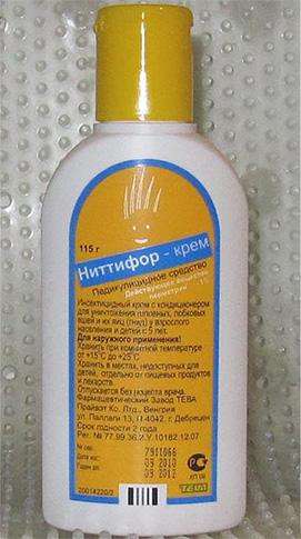В состав средства от вшей Ниттифор входит действенный инсектицид перметрин