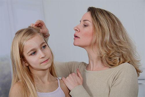 Нельзя применять перекись водорода для выведения вшей у детей.