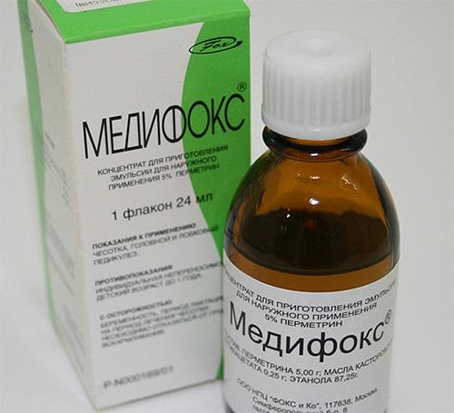 Препарат Медифокс имеет сильный инсектицид в составе, и его не следует применять для выведения вшей у детей