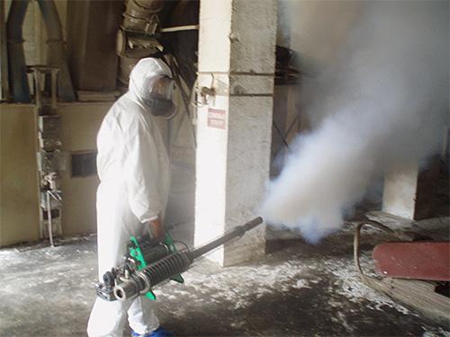 Зачастую в концентратах для спреев используются более мощные инсектициды, чем в готовых аэрозолях