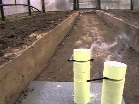 Дымовые шашки могут весьма успешно применяться для борьбы с насекомыми на большой площади