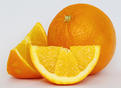 Кислые фрукты помогут нейтрализовать часть яда в ранке