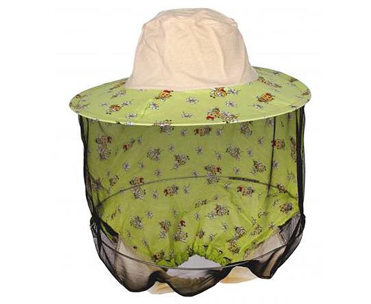 При самостоятельном истреблении ос используйте маску пчеловода.