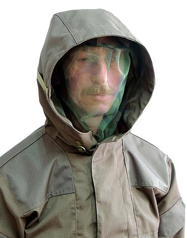 Во многих случаях лучшим вариантом защиты от укусов всевозможных насекомых может стать специальная защитная одежда.