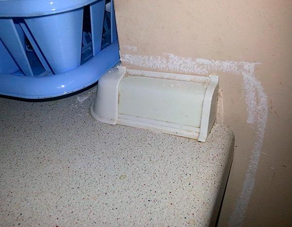 Во многих квартирах средство используется в профилактических целях - чтобы тараканы не появились вновь.