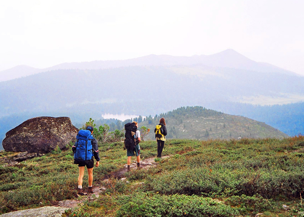 На некоторых походных маршрутах ближайший населенный пункт находится в сотнях километров от туристов...