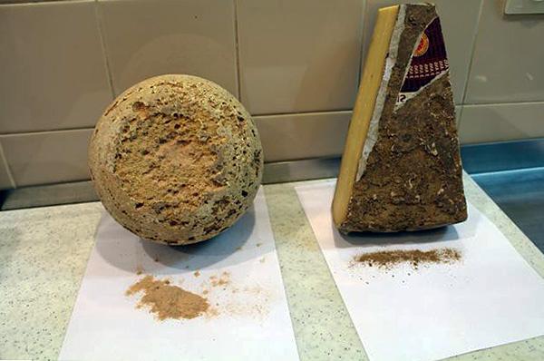 Сыр, поврежденный сырным клещом