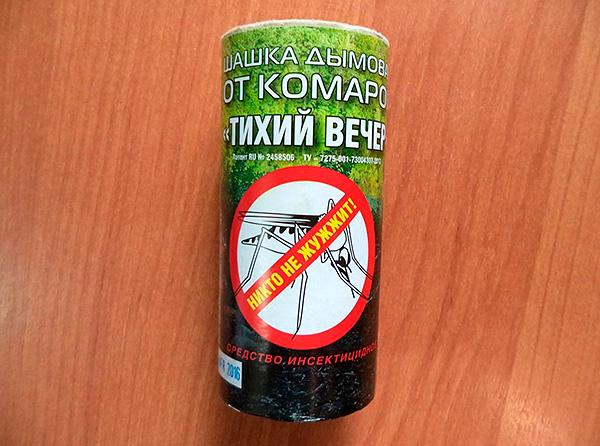 Перметриновая дымовая шашка от насекомых Тихий Вечер - хотя позиционируется как средство от комаров, однако вполне эффективна и против тараканов.