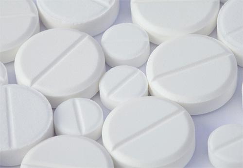 Таблетки при борьбе с блохами рекомендуется использовать лишь в крайнем случае