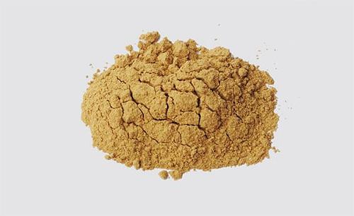 Порошок пиретрума является натуральным средством от муравьев и других насекомых в квартире