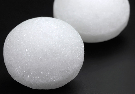 Нафталин сегодня не рекомендуется применять для борьбы с молью