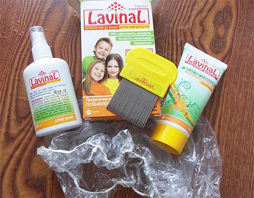 В составе спрея от вшей Лавинал содержатся натуральные компоненты