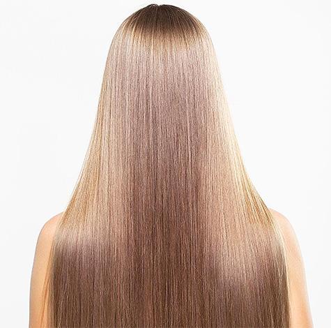 Считается, что чемеричная вода не только уничтожает вшей, но и способствует общему оздоровлению волос.