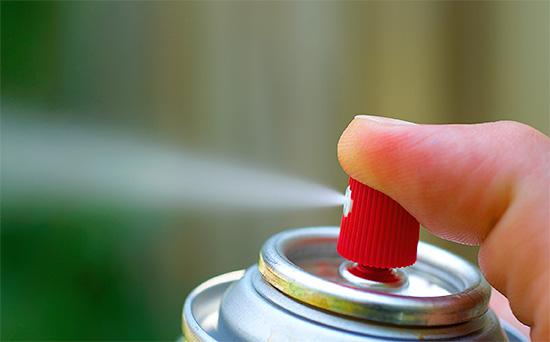 В целом готовые к применению аэрозольные препараты уступают по эффективности и экономичности концентратам вышеуказанных средств от насекомых.
