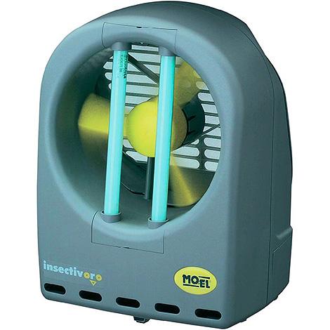 Приборы линейки INSECTIVORO засасывают насекомых с помощью вентилятора.