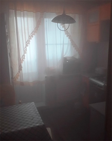 В течение примерно 1-2 часов дым успеет полностью заполнить весь объем помещения - таким образом, тараканы будет уничтожены в любом его уголке.