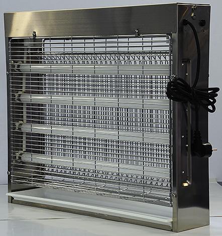Пример мощной электрической ловушки насекомых Well с четырьмя ультрафиолетовыми лампами.