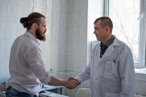 При правильном лечении больной КЭ обычно выздоравливает в срок от 2 до 4 недель.